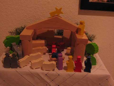 nativity set - rebuild everyday